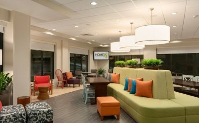 Home2 Suites lobby Roseville, MN