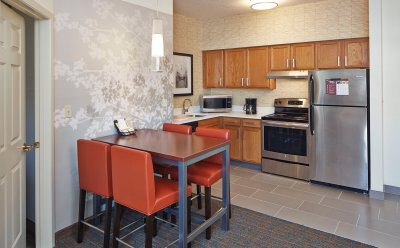 Residence Inn by Marriott Suite Roseville, MN
