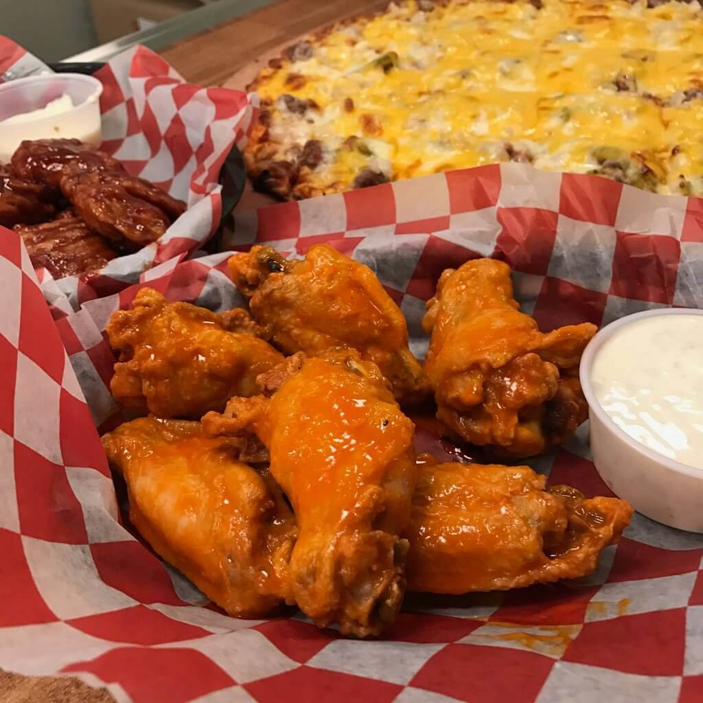 Red's Savoy Pizza Wings